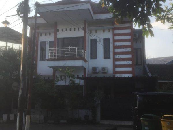 Rumah Second 2 Lantai 2,5M di Cikaret, Cibinong, Bogor