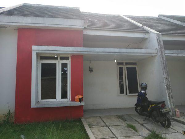 Rumah Second dalam Cluster 495 Juta di Kalimulya, Depok