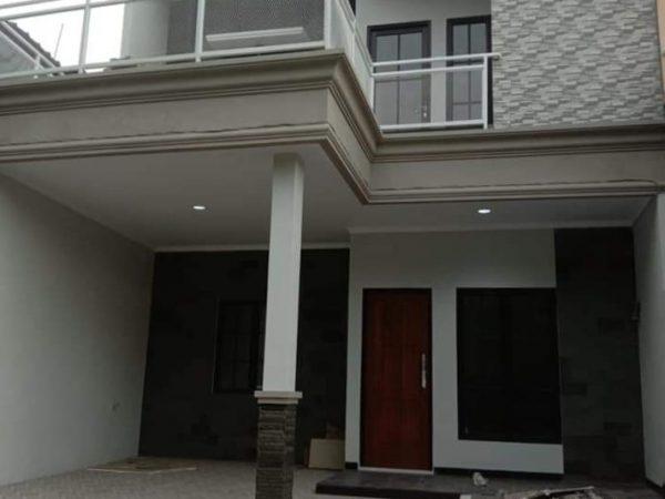 Rumah 2 Lantai Siap Huni Dekat Gerbang Tol Sawangan